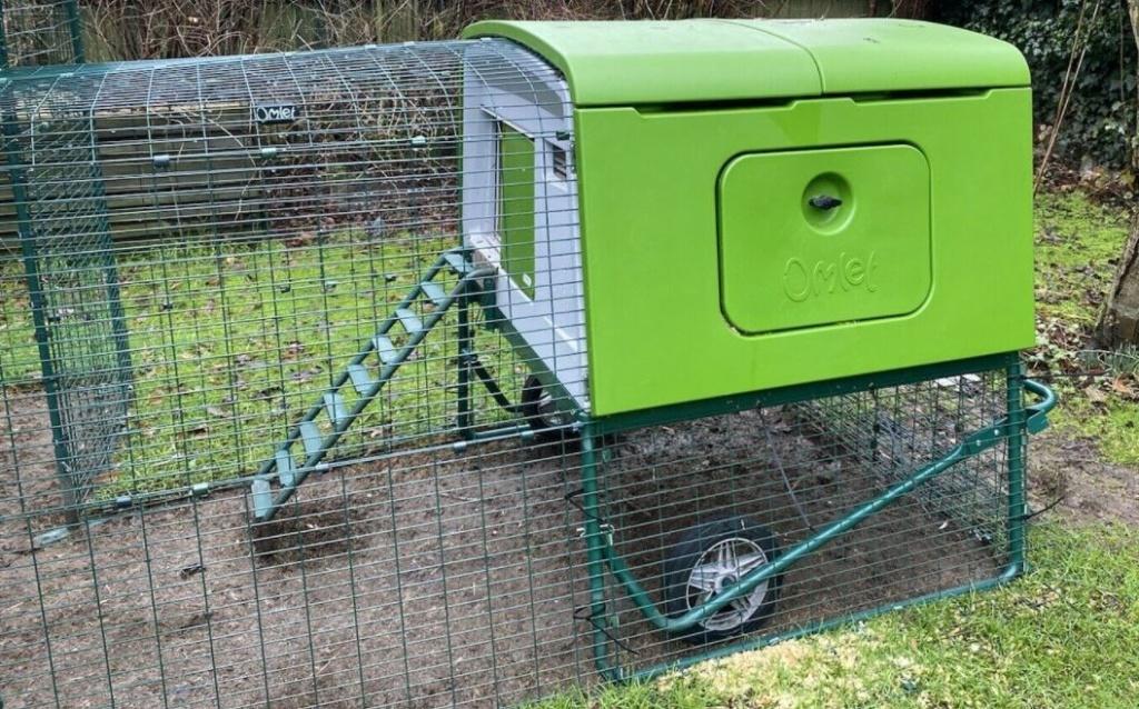 Omlet Eglu Cube Mk2 Hühnerstall mit Auslauf